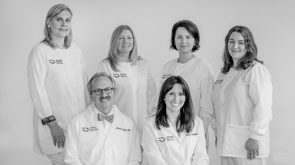 defabio-dentist-team
